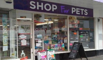 Logo for pet shop in Leicester